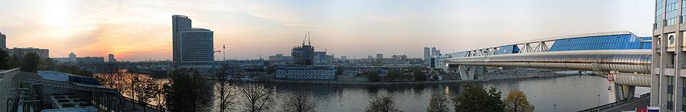 http://geopano.ru/files/pano001/medium/moscow_city.jpg